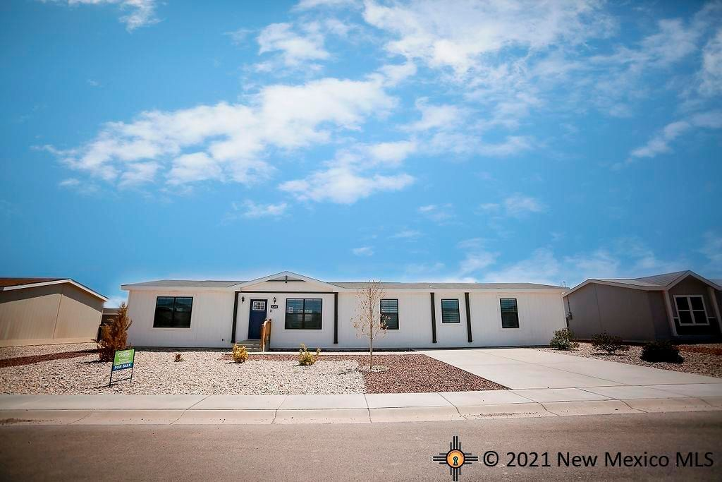 4208 Magnolia St, Carlsbad, NM 88220
