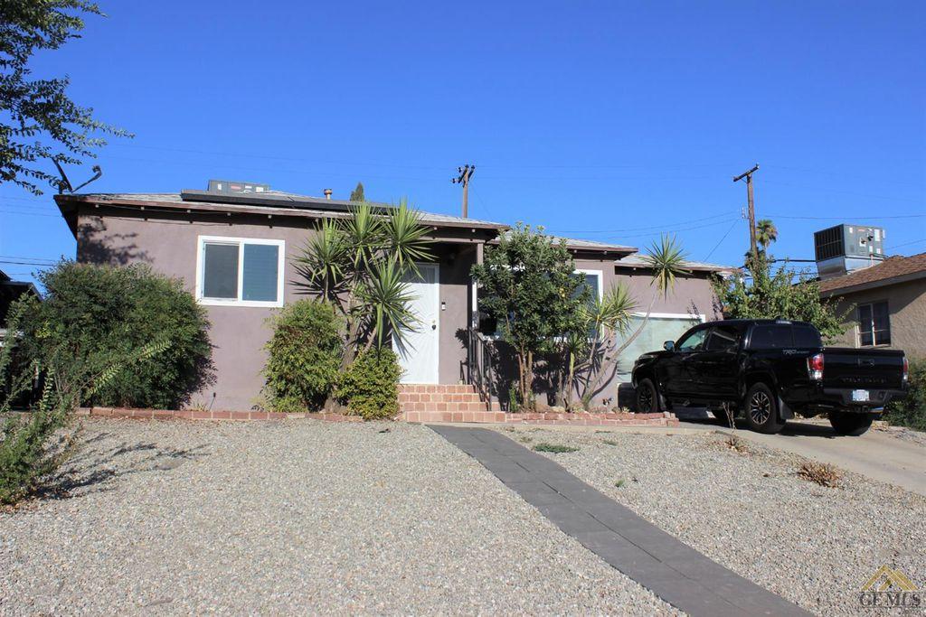 2705 Hollins St, Bakersfield, CA 93305