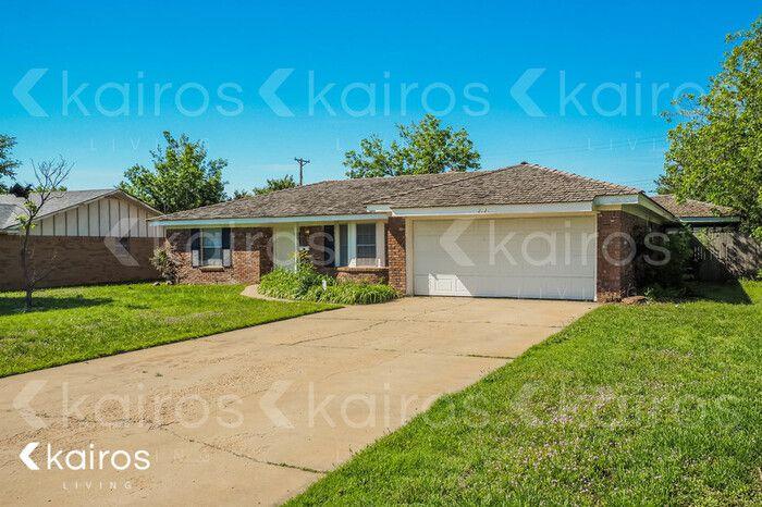 2721 James Louis Dr, Amarillo, TX 79110