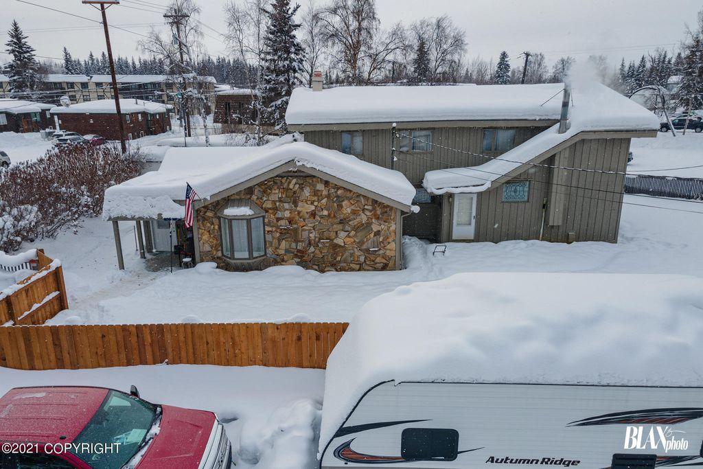 390 Hamilton Ave, Fairbanks, AK 99701
