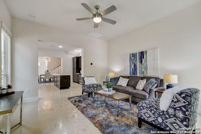 611 W Hollywood Ave, San Antonio, TX 78212