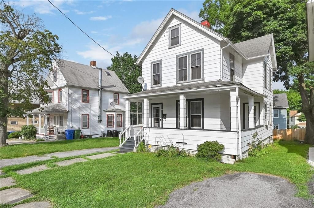 12 Royce Ave, Middletown, NY 10940