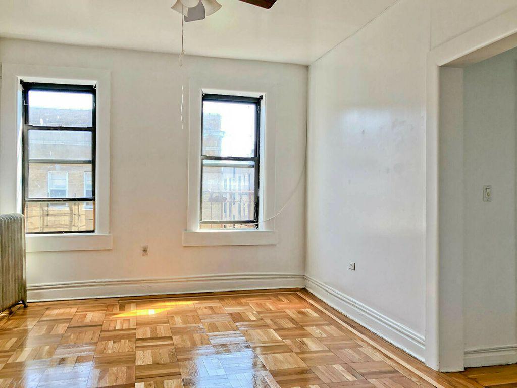 735 W 183rd St #5C, New York, NY 10033