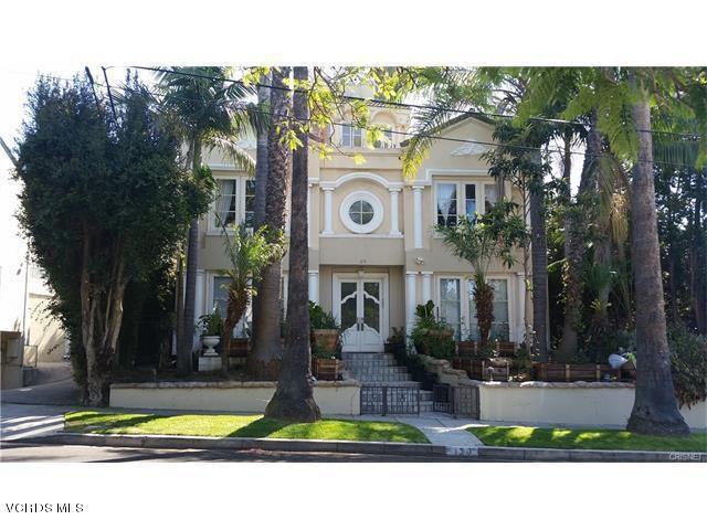 120 Stonehaven Way, Los Angeles, CA 90049