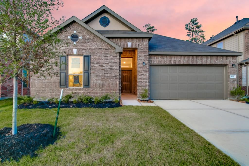 5915 Rivergrove Bend Dr, Kingwood, TX 77346