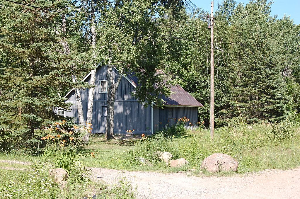 7625 E Six Mile Rd, Sault Sainte Marie, MI 49783