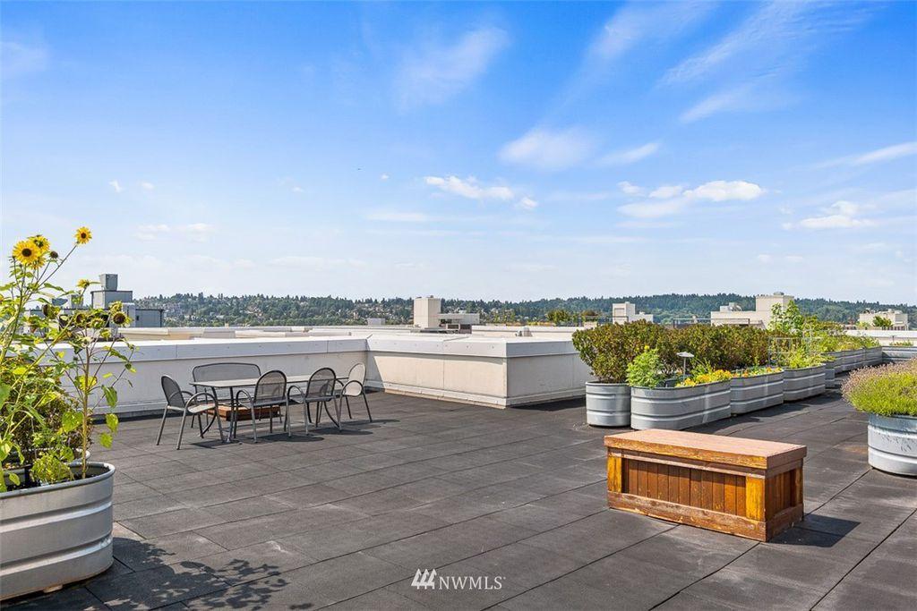 1545 NW 57th St #321, Seattle, WA 98107