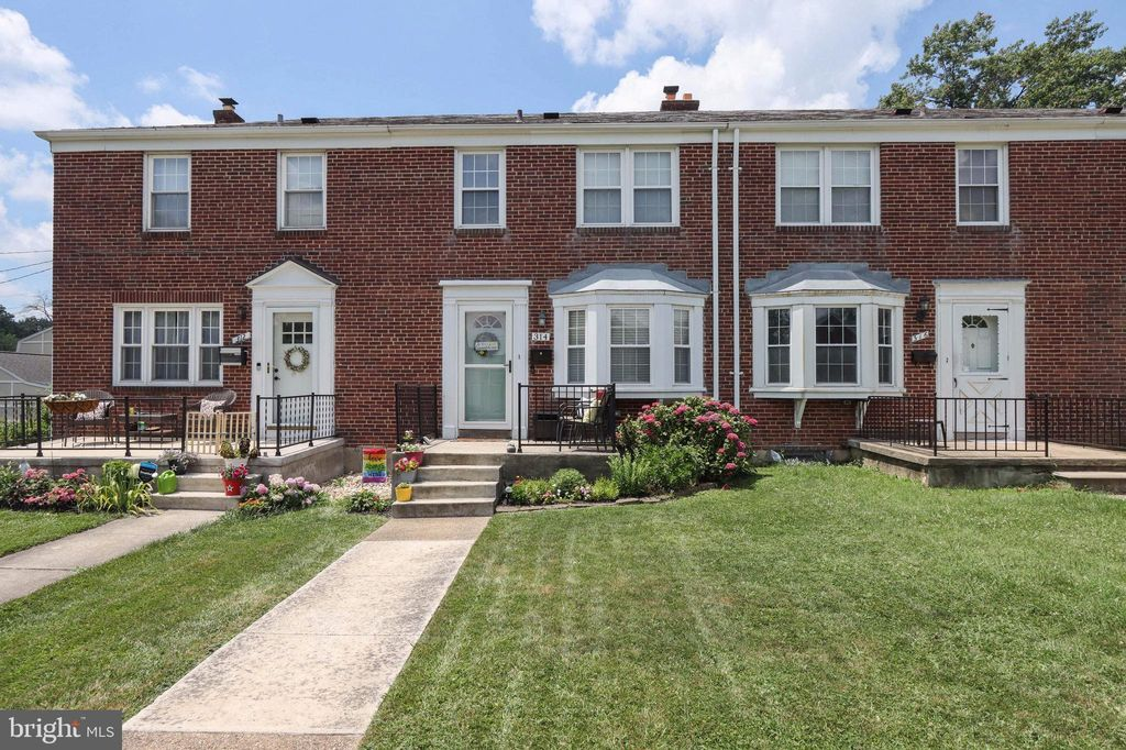 314 Small Ct, Catonsville, MD 21228