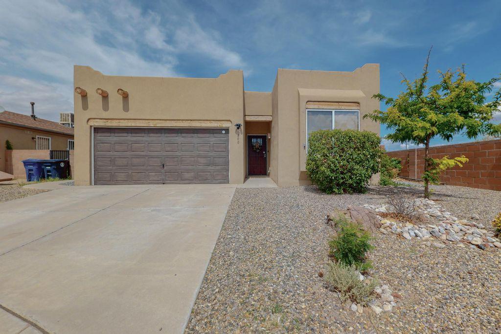 600 Cyan Ct NW, Albuquerque, NM 87120