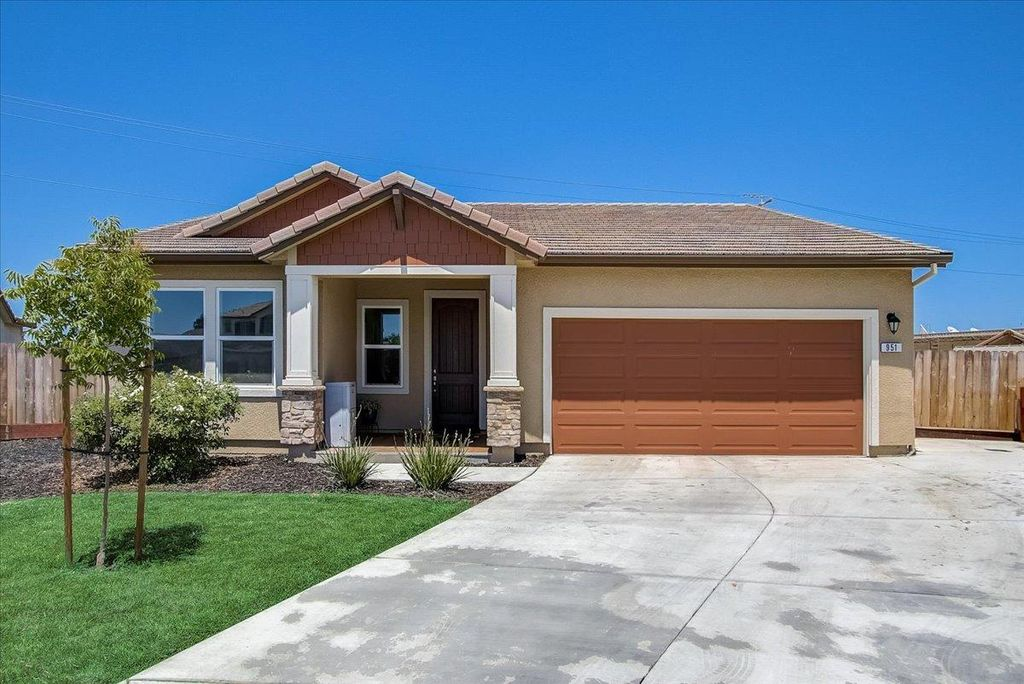 951 Alvarado Ct, Stockton, CA 95204