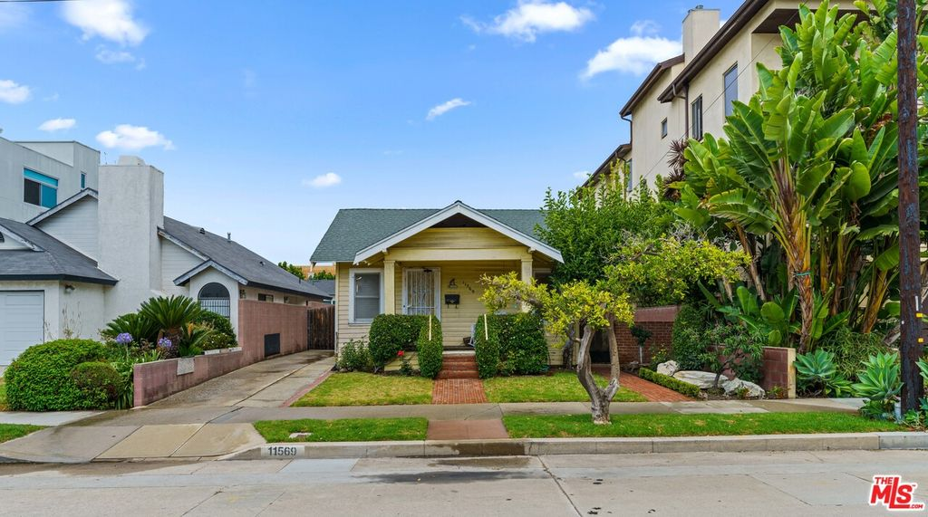 11569 Mississippi Ave, Los Angeles, CA 90025