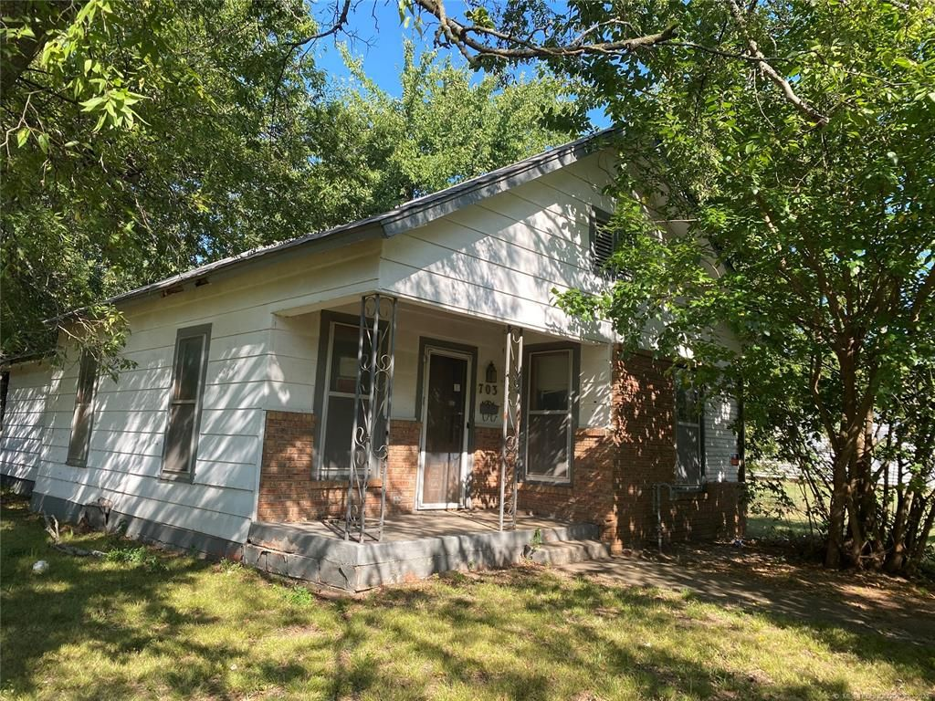 703 H St NW, Ardmore, OK 73401