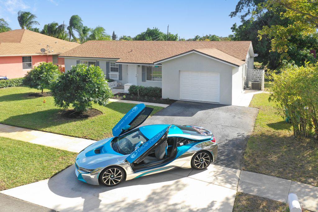 134 SE 26th Ave, Boynton Beach, FL 33435
