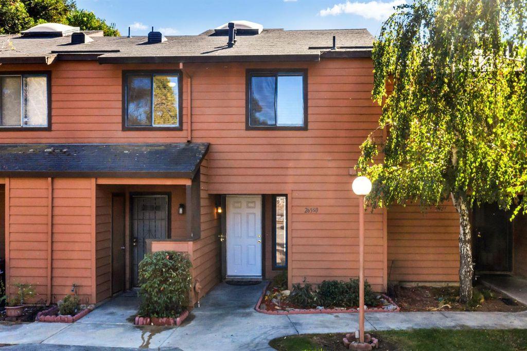 26550 Sunvale Ct #16, Hayward, CA 94544