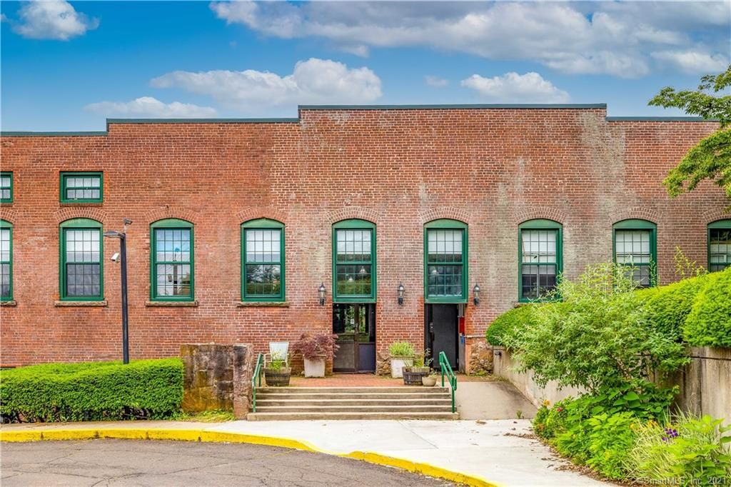 1 Front St #13, New Haven, CT 06513