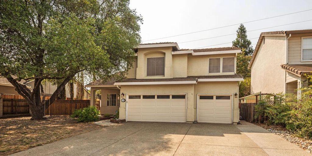 1172 Hawthorne Loop, Roseville, CA 95678