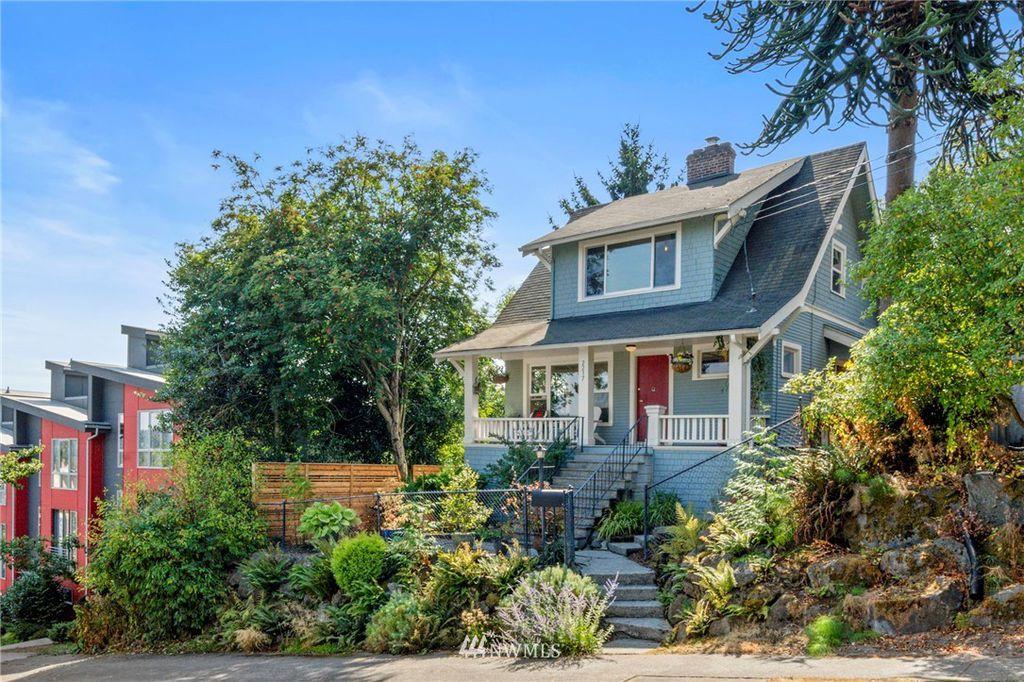 2217 W Ruffner St, Seattle, WA 98199
