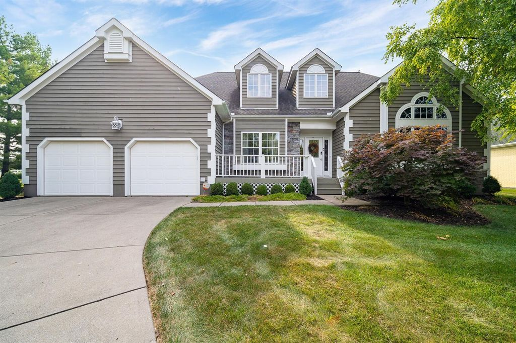 7086 Wetherington Dr, West Chester, OH 45069