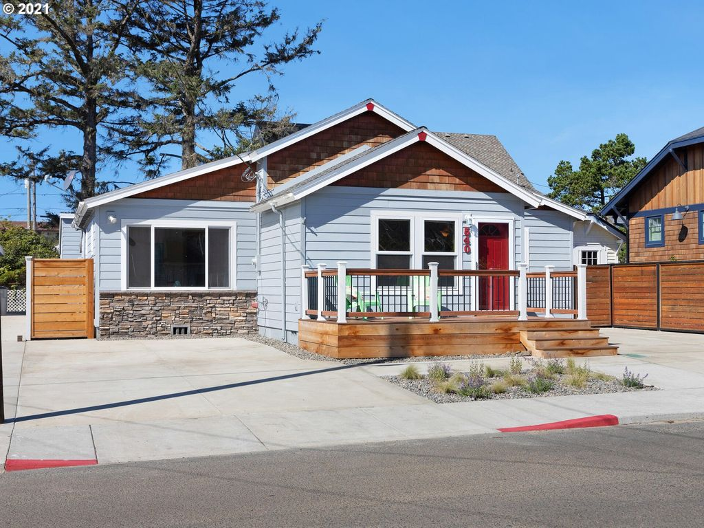 540 S Downing St, Seaside, OR 97138