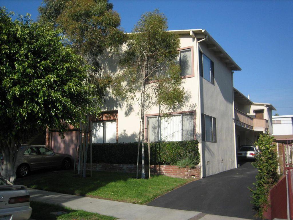 1326 S Carmelina Ave #6, Los Angeles, CA 90025