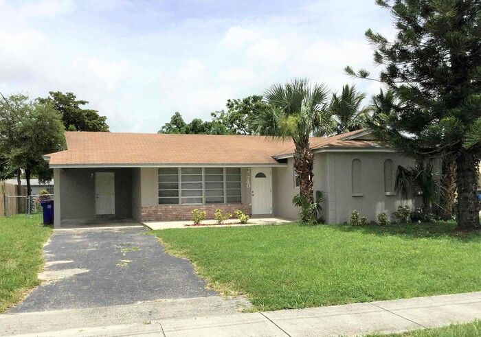 740 NW 67th Ave, Margate, FL 33063