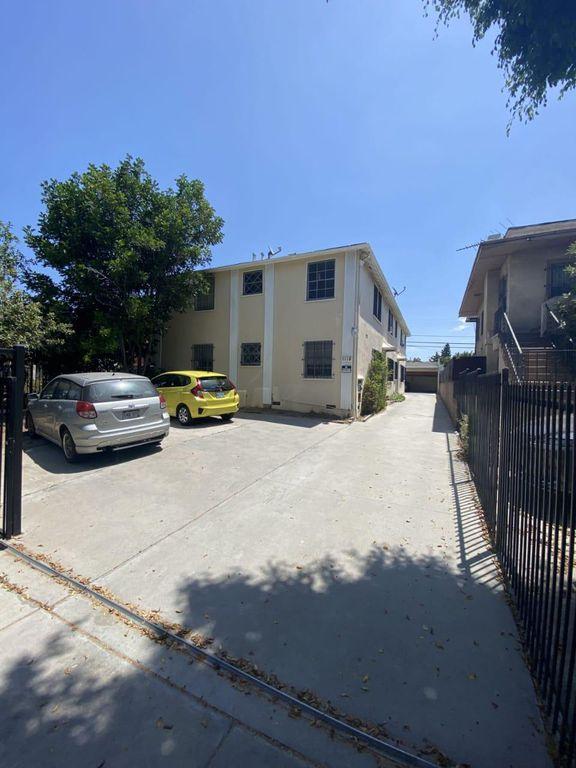 1118 N Berendo St #3, Los Angeles, CA 90029