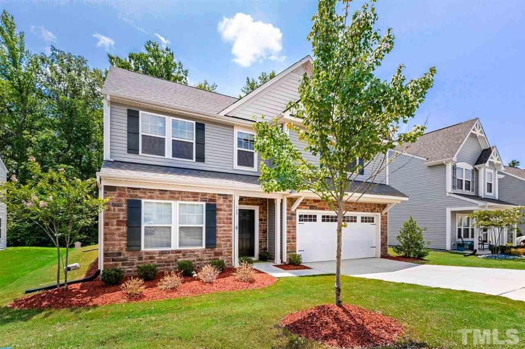 109 Fortress Dr, Morrisville, NC 27560