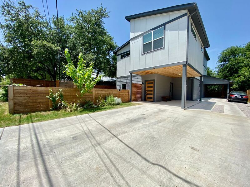 304 Blackson Ave #A, Austin, TX 78752