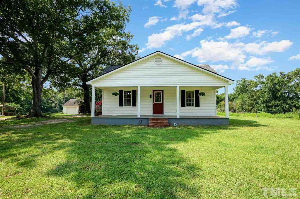 7025 Boykin Rd, Sims, NC 27880