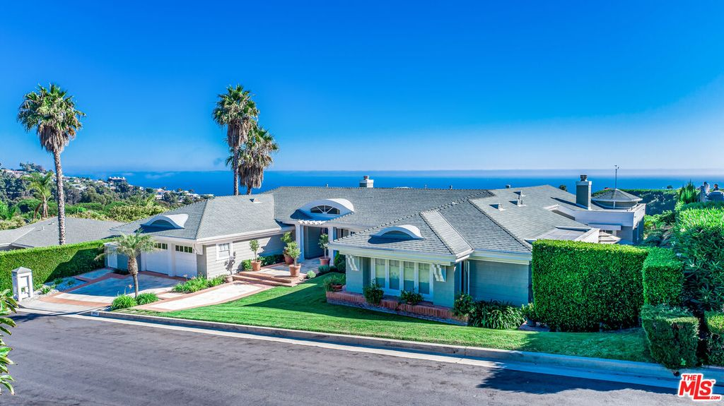 18044 Sandy Cape Dr, Pacific Palisades, CA 90272