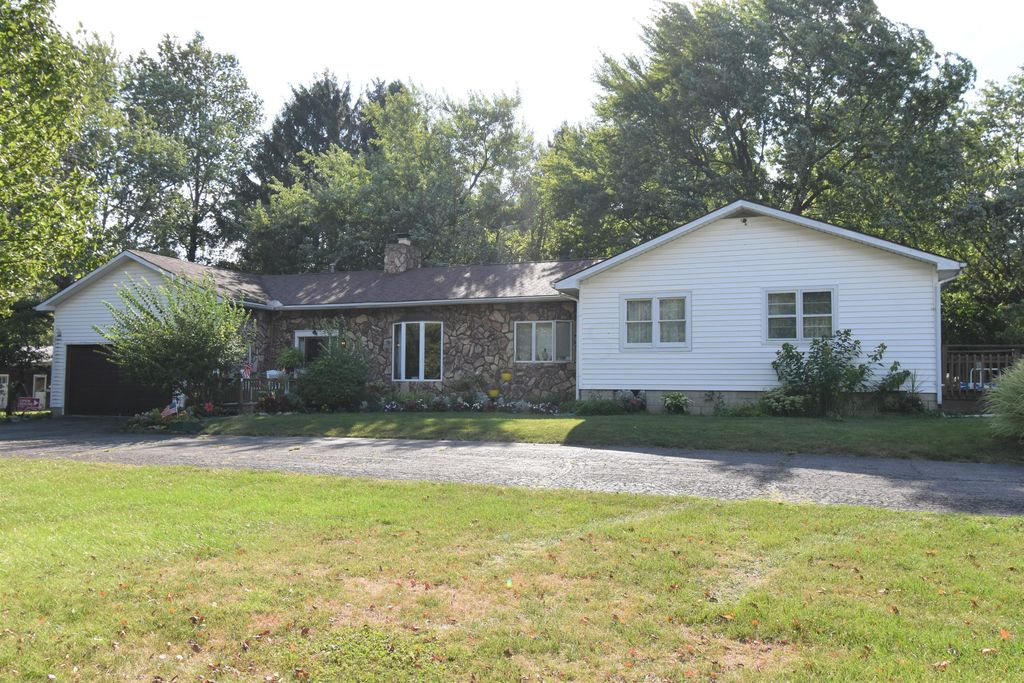 1543 Marion Edison Rd, Marion, OH 43302
