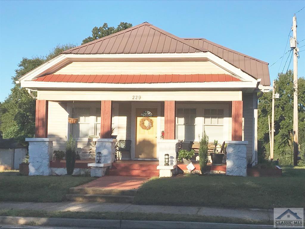 229 Homer Rd, Commerce, GA 30529