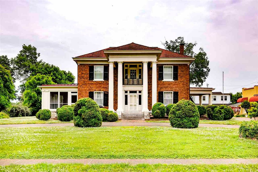 306 W 6th St, Russellville, KY 42276