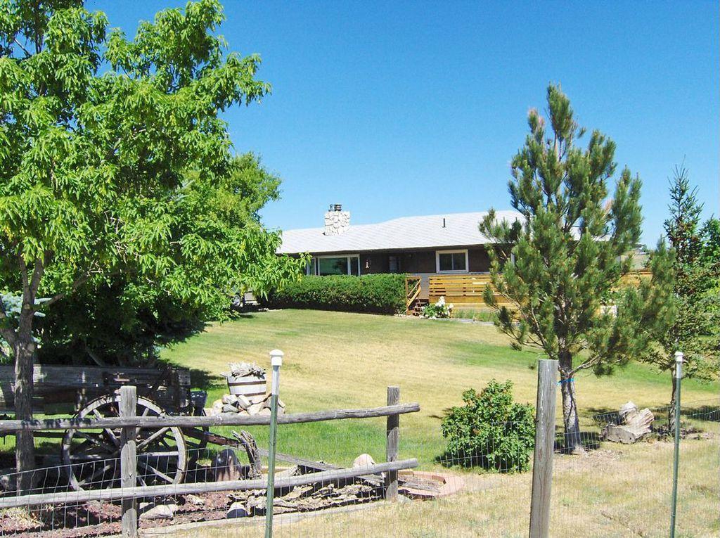 5332 Klipstein Rd, Cheyenne, WY 82009