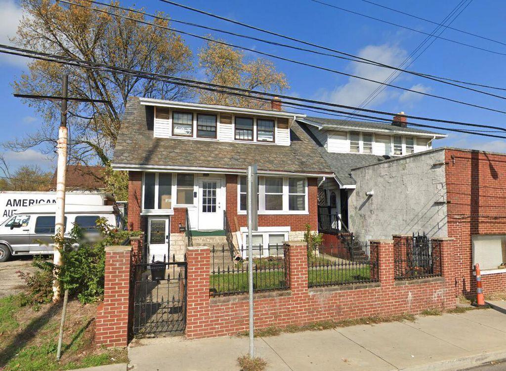 1394 Sullivant Ave, Columbus, OH 43223