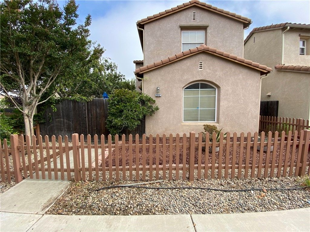 2312 Cottage Ln, Santa Maria, CA 93455