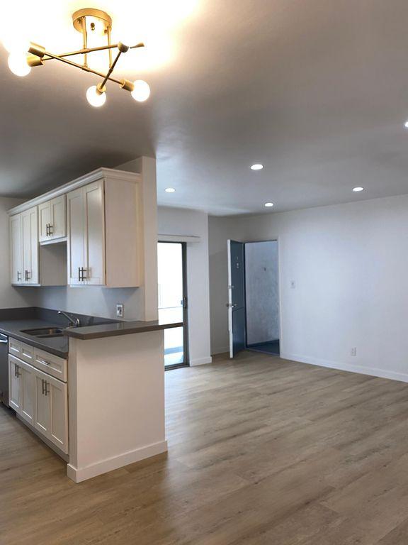 1638 Granville Ave #5, Los Angeles, CA 90025