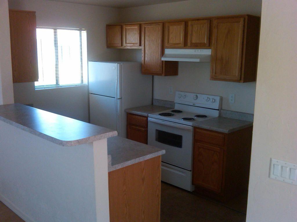 1015 E 24th St #1, Tucson, AZ 85713