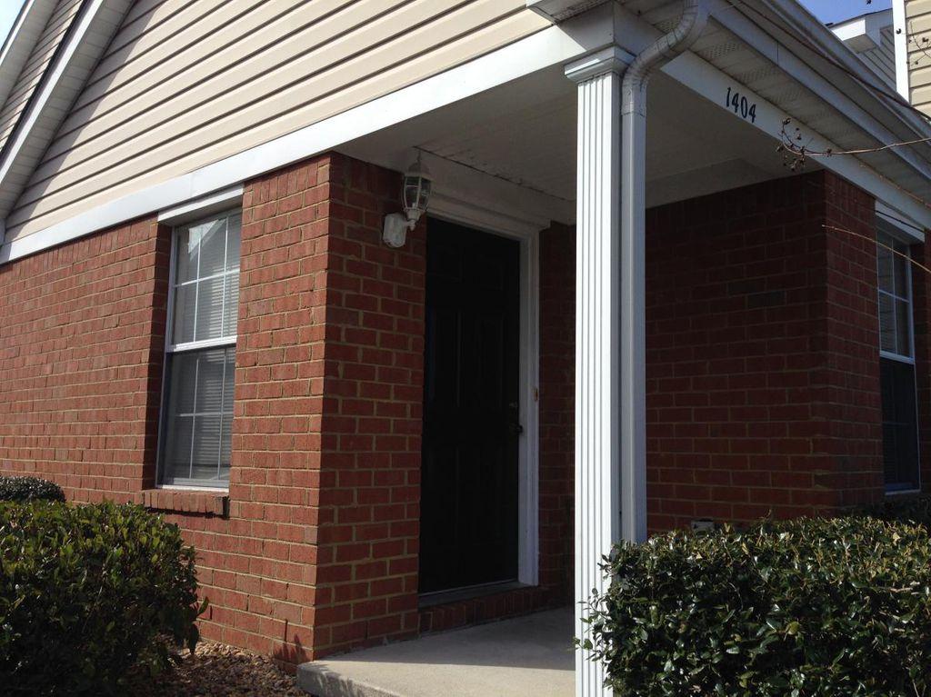 1404 Westgate Cir, Williamsburg, VA 23185