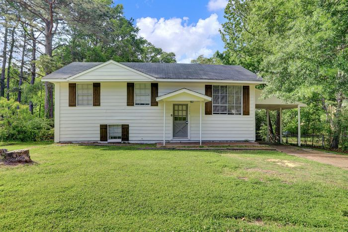 3346 Patterson Dr, Pearl, MS 39208