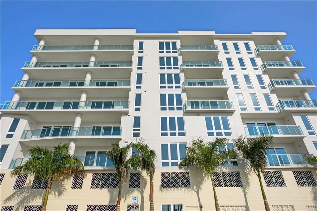 15 Avalon St #504, Clearwater Beach, FL 33767