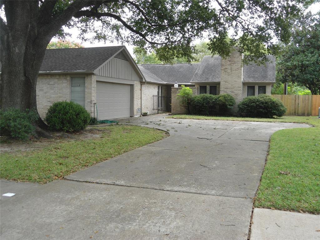 6015 Pincay Oaks St, Houston, TX 77088