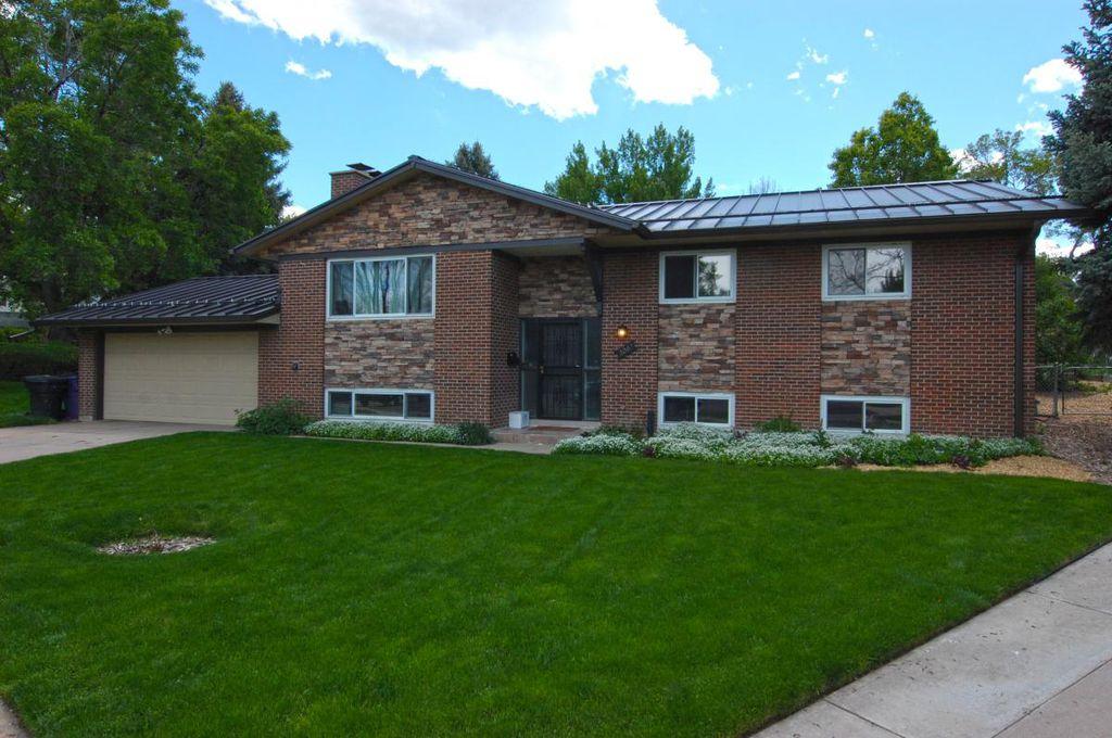 3063 S Oneida St, Denver, CO 80224