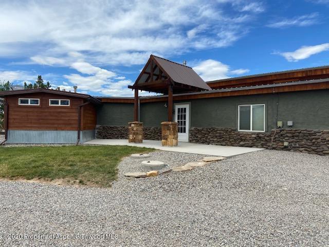 1355-326 County Rd, Silt, CO 81652