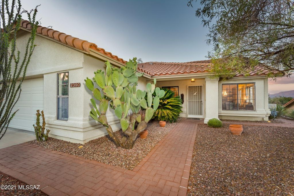 2390 W Catalpa Rd, Tucson, AZ 85742