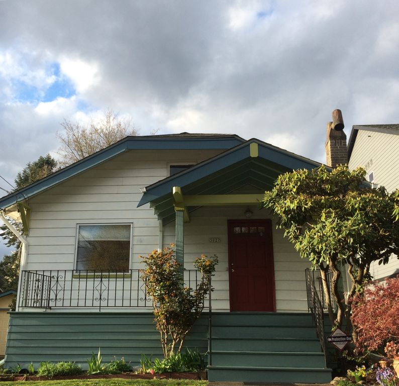 3027 SE Pine St, Portland, OR 97214