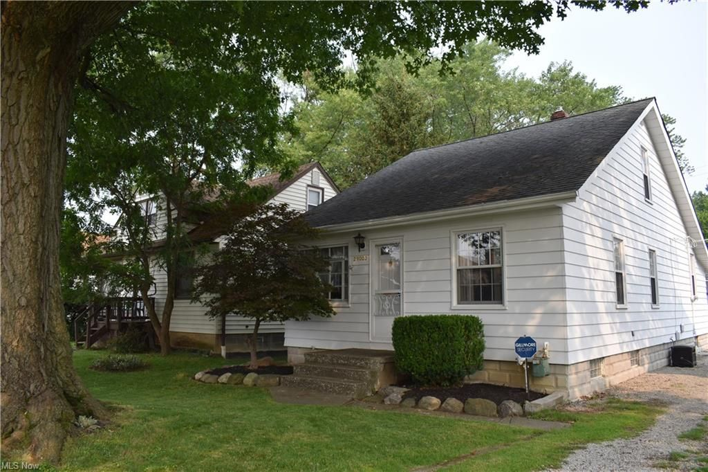 29003 Weber Ave, Wickliffe, OH 44092