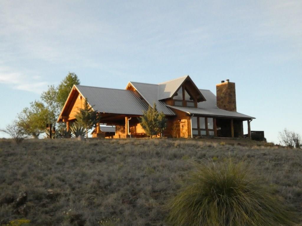 204 S Hackberry St, Alpine, TX 79830