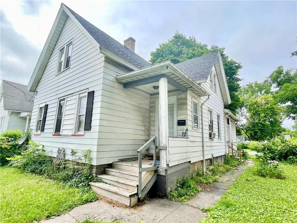 1102 Clifford Ave, Rochester, NY 14621