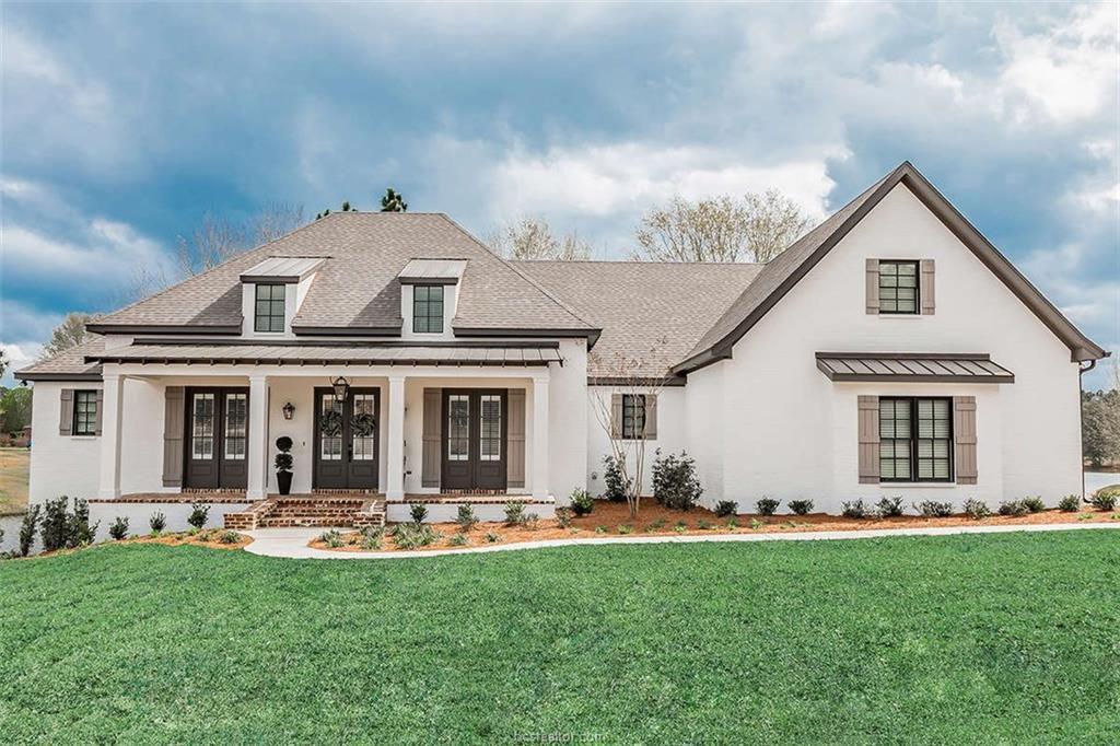 Farmhouse 2100 Plan in Heyman Community of Iola, Iola, TX 77861